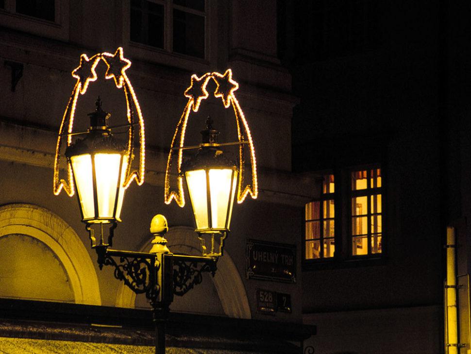 Dekory nalampy veřejného osvětlení