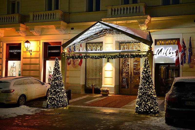 Vánoční výzdoba Grandhotelu PUPP exteriér