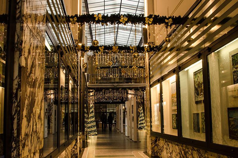 Vánoční výzdoba interiéru paláce Koruny