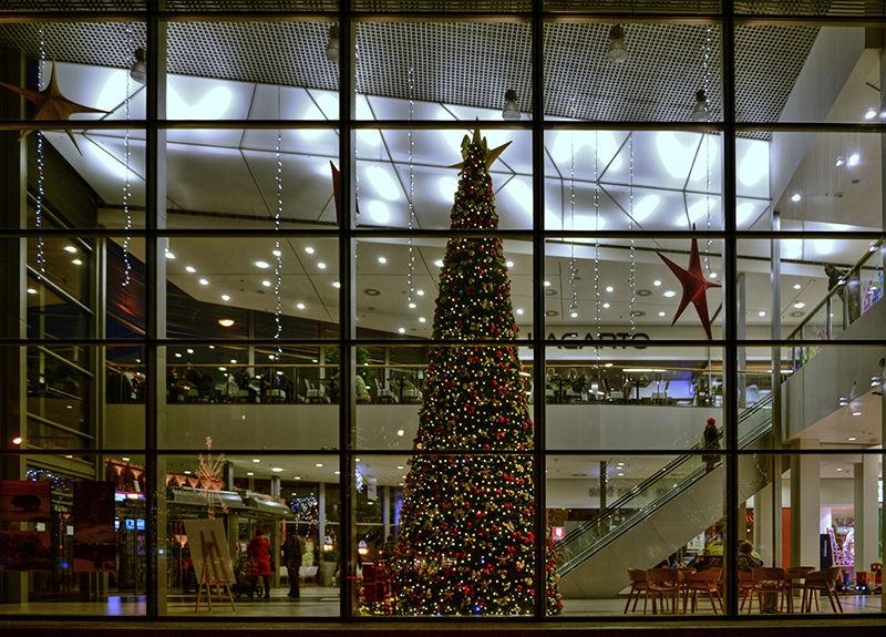 Vánoční výzdoba interiéru OC Central vMostě